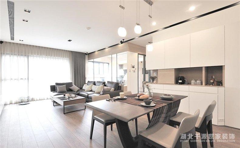 2019年四房装修案例丨纯净的刚刚好!个人空间与共用空间的交融【宜昌装修】