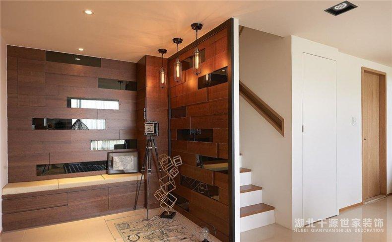 上海楼中楼装修案例丨实力翻新我们的家,木色满屋好安宁
