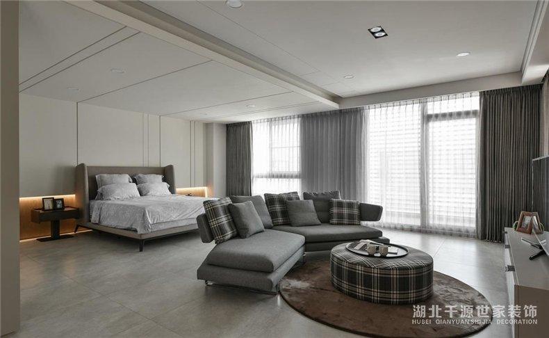 上海别墅装修案例丨老公豪华主卧+老婆实用收纳+儿本性空间