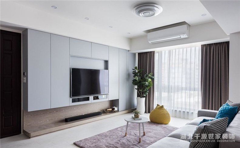 上海老公房重新装修丨新家处处可收纳,空间开阔不显挤