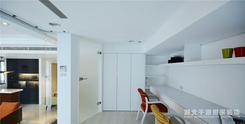 北欧风旧房翻新丨干净的室内魔法,老房子翻新再升级