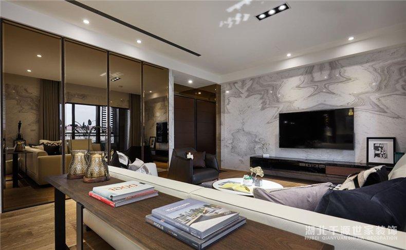 100平方家装案例丨宽敞客厅+前卫厨房,为安宁的现代风定下基调