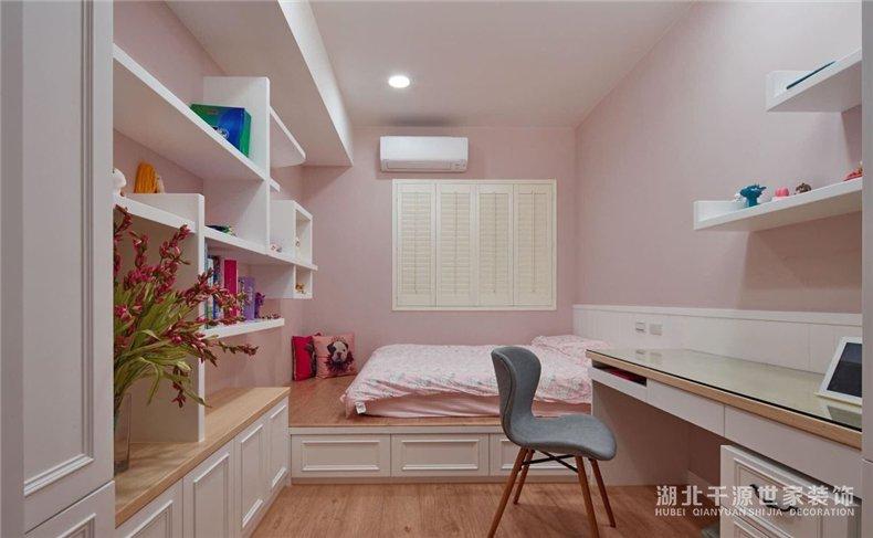 美式风格丨旧房变新家,六口人同住4室2厅美式风